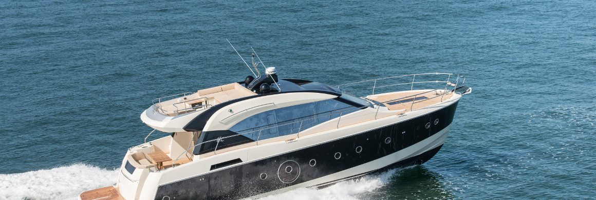 Cruise in the waters of Greece with pioneering yachts made by Monte Carlo